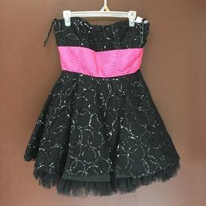 Strapless black lace, full skirt short dress